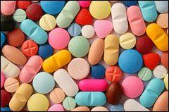 Comprimidos de diversos colores.